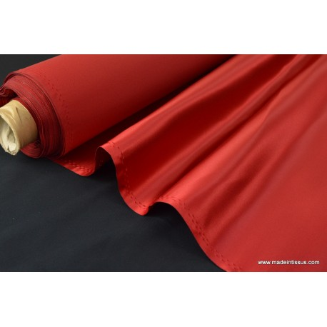 Satin duchesse polyester rouge
