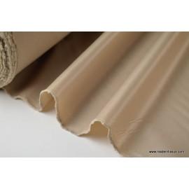 Tissu polyester biche déperlant pour parapluie .