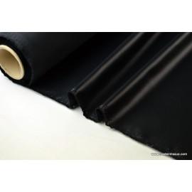 Tissu polyester noir déperlant pour parapluie .