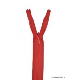 Fermeture éclair invisible en nylon Z41 col 850 Rouge sang