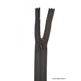 Fermeture éclair en nylon. col 460 Noir