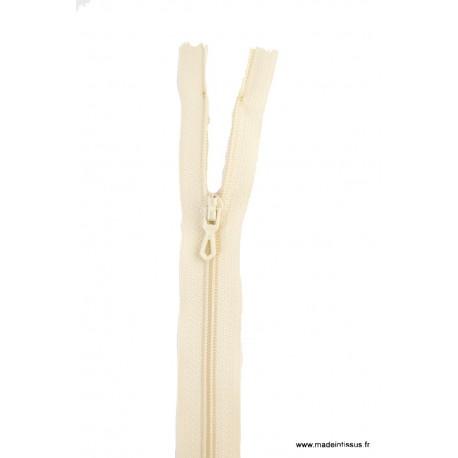 Fermeture éclair en nylon. H 10 cm. col 417 Lin