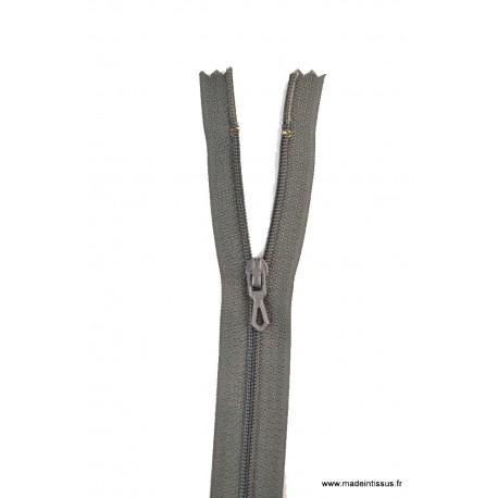 Fermeture éclair en nylon. H 10 cm. col 450 Gris anthracite