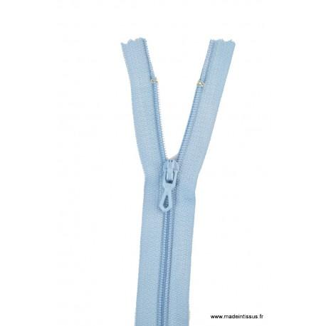Fermeture éclair en nylon. H 10 cm. col 508 Bleu ciel