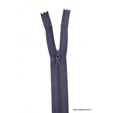 Fermeture éclair en nylon. H 10 cm. col 570 Bleu Marine