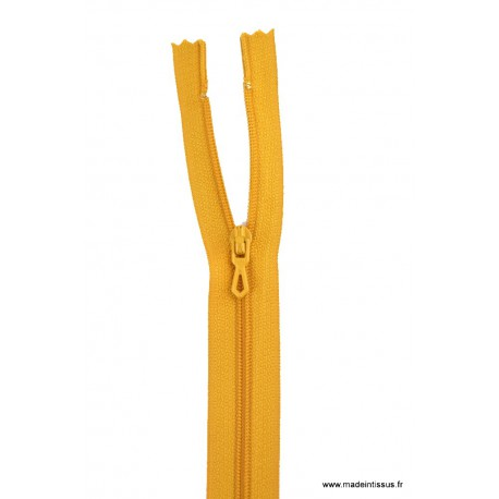 Fermeture éclair en nylon. H 10 cm. col 674 Jaune moutarde
