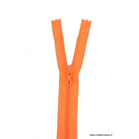 Fermeture éclair en nylon. H 10 cm. col 680 Capucine