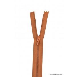Fermeture éclair en nylon. H 10 cm. col 979 Marron moyen