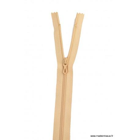 Fermeture éclair en nylon. H 10 cm. col 940 Beige Antilope