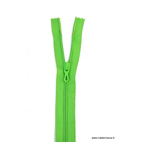 Fermeture éclair en nylon. H 10 cm. col 726 Vert Billard