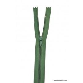 Fermeture éclair en nylon. col 790 Vert Lichen