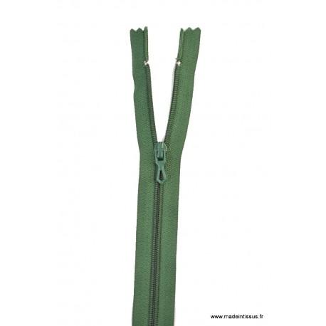 Fermeture éclair en nylon. H 10 cm. col 790 Vert Lichen