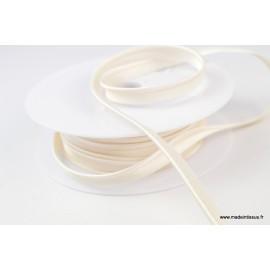 Passepoil satin 10 mm coloris ivoire 1002