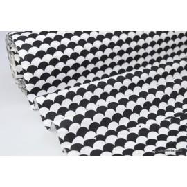 Tissu coton imprimé dessin écailles NOIR .x1m