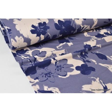 Tissu jersey Viscose imprimé fleurs bleu marine et écru