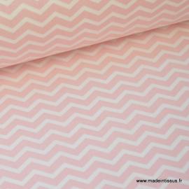 Tissu 100% coton dessin chevrons zigzag rose  .x1m