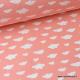 Tissu coton oeko tex imprimé nuages blancs sur fond Corail x50cm
