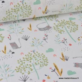 Tissu coton imprimé chats et arbres fond blanc