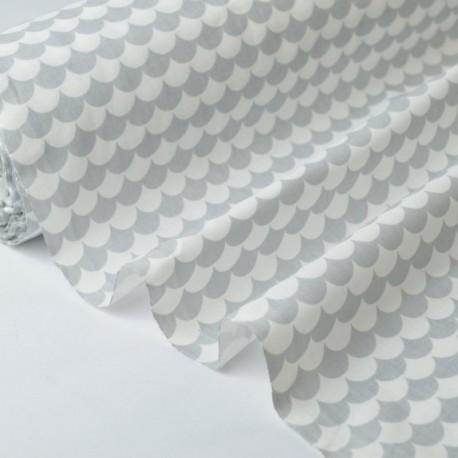 Tissu coton imprimé dessin écailles gris x50cm