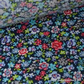 Tissu imperméable étanche imprimé fleurs liberty bleu x50cm