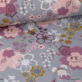 Tissu jersey Oeko tex imprimé souris, oiseaux et fleurs gris et rose Oeko tex