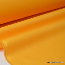 Gabardine enduite étanche jaune moutarde.
