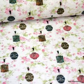 Tissu coton Japonais imprimé Fleurs et Lanternes rose et vert Oeko tex