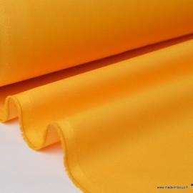 Tissu gabardine sergé polyester coton coloris Bouton d'Or