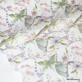 Tissu coton imprimé fleurs et lémuriens Oeko tex .x1m