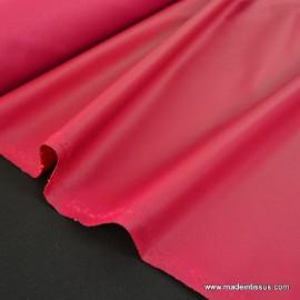 Tissu imperméable étanche polyester enduit acrylique fuchsia .