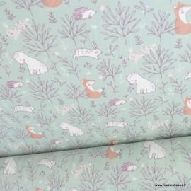 Tissu coton imprimé renards, ours, hérissons et feuillage noisette fond céladon - Oeko tex