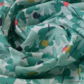 Tissu coton motif Tilozi imprimé feuilles fond vert - Oeko tex