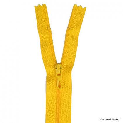Fermeture éclair en nylon. col 118 Bouton d'or