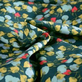 Tissu Viscose Kisnek motifs fleurs fond vert- Oeko tex
