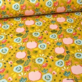 Tissu coton Enduit motifs Pommes et fleurs fond Ocre -  Oeko tex
