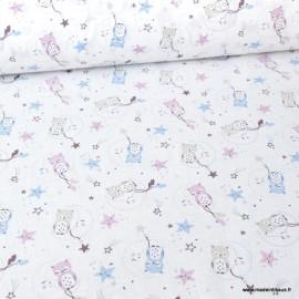 Tissu coton motifs hiboux, lunes et étoiles vieux rose et bleu coll. Lunazel - Oeko tex