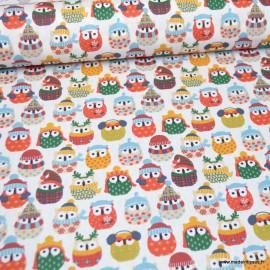 Tissu coton imprimé hiboux des neiges coloris Ocre et vert - oeko tex