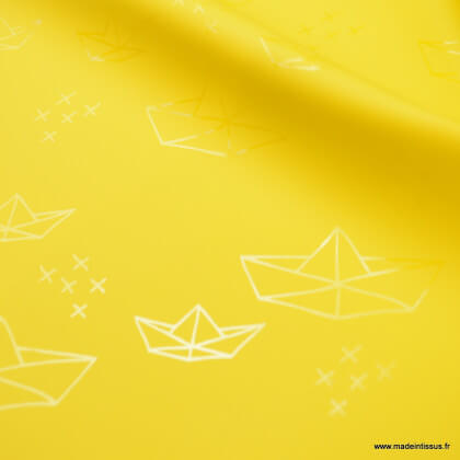 Tissu ciré de pluie imprimé bateaux fond Rose