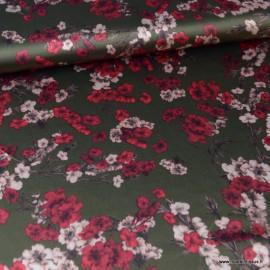 Tissu satin microfibre  imprimé fleurs fond Kaki