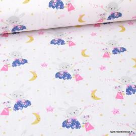 Tissu coton Lafée imprimé lapins et souris fond rose pâle -  Oeko tex