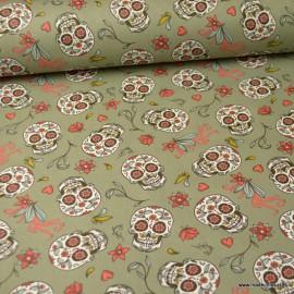 Tissu coton têtes de mort Calaveras et fleurs fond Kaki