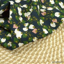 Tissu Viscose Kisnek motifs fleurs fond Nuit et vert - Oeko tex