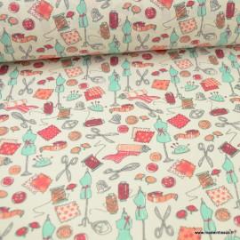 Tissu coton motifs Mercerie, ciseaux, ruban metreur, boutons...  - Oeko tex