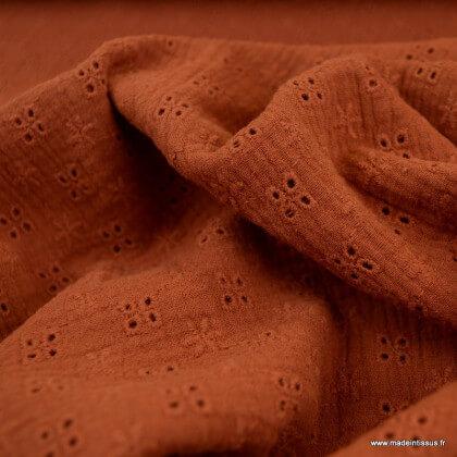 Tissu Double gaze brodée Séraphine fond Rouille