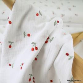 Tissu Double gaze blanche broderie cerises - oeko tex