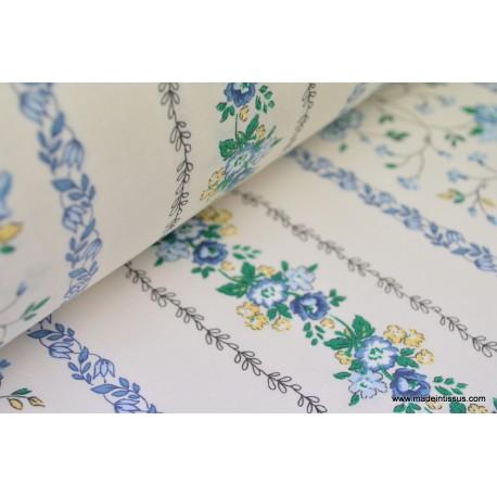 Tissu coton liberty rayures de fleurs bleues
