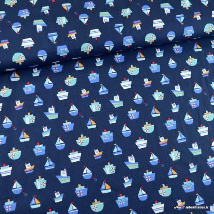 Tissu Popeline motifs bateaux fond marine - oeko tex