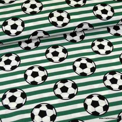 Tissu Popeline motif ballon de foot fond vert - oeko tex