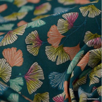 Tissu coton Enduit Aphrodite motifs fleurs Ginkgo fond Emeraude -  Oeko tex