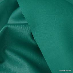Tissu Gabardine enduite étanche vert prairie